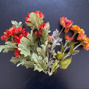 Lot of 5 silk floral stems from Michaels